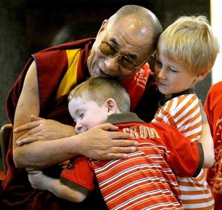 14th Dalai Lama,Dalai Lama Pictures,History of the Dalai Lama,Dahli Lama,Who is Dalai Lama