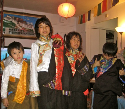 Tibetan New Years Pictures, Funny New Years Resolutions, religious new years poems,new years history ,tibetanlife,tibetan people,