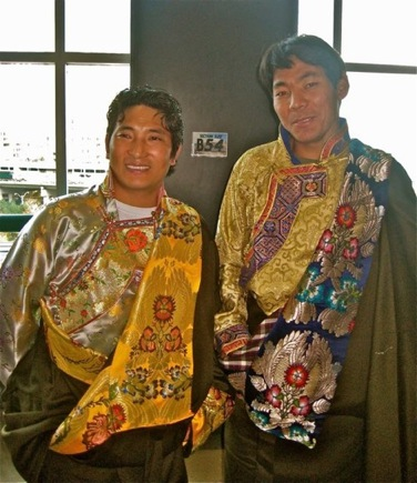 The Dalai Lama In Toronto,who is the Dalai Lama,dalai lama photo,tibetan pictures